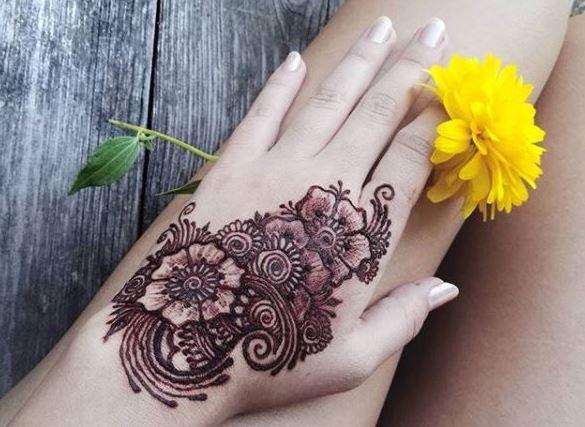 Výsledek obrázku pro malování hennou